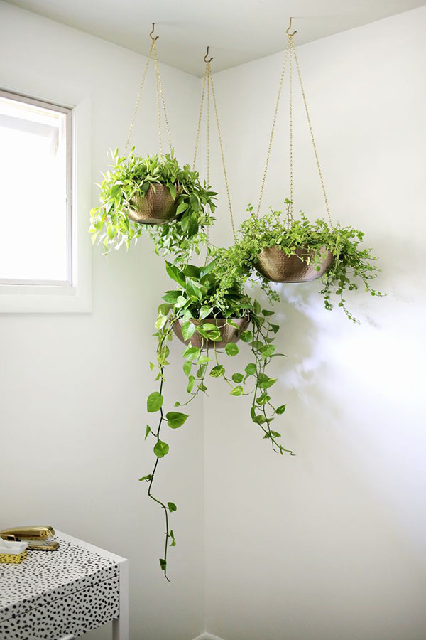 A Beautiful Mess Hanging Planter DIY